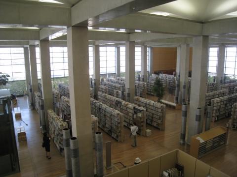 Toyonokuni Libraries for Culture, Arata Isozaki