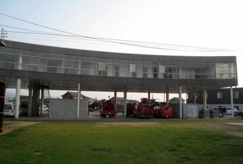 Yatsushiro Fire Station, Toyo Ito